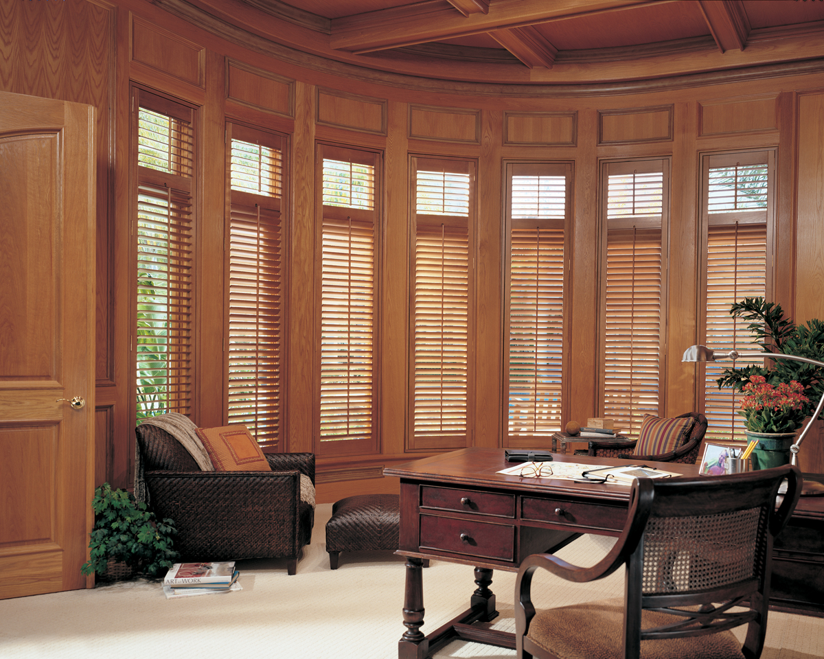 Window treatments plantation shutters awnings lafayette for Window coverings